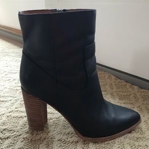 Mad well black boots size 6!